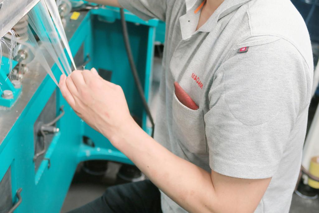 袖にポケットのある機能性に富んだ作業用ポロシャツ