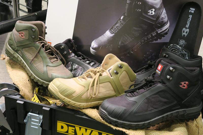 バートルのおしゃれな安全靴は人気の予感!