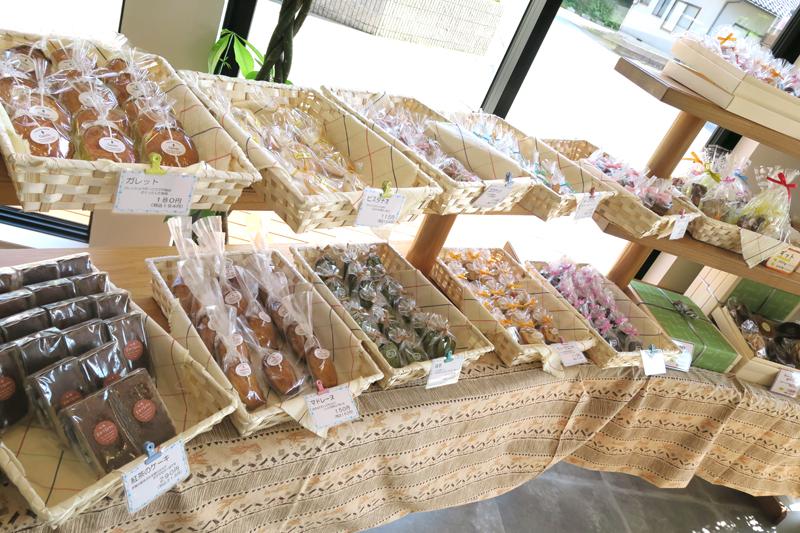 焼き菓子陳列
