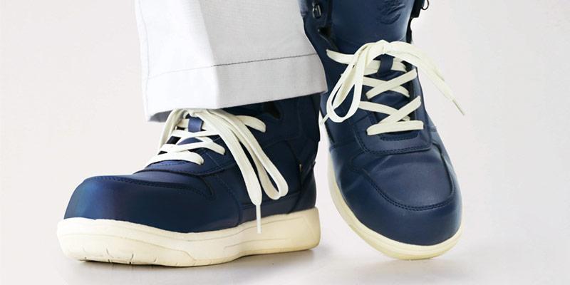 耐油の安全靴